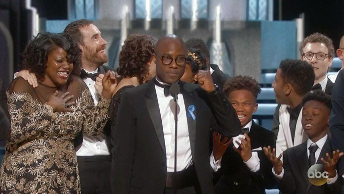 Oscar Flap Eclipses 'Moonlight' Win, but Civility Reigns