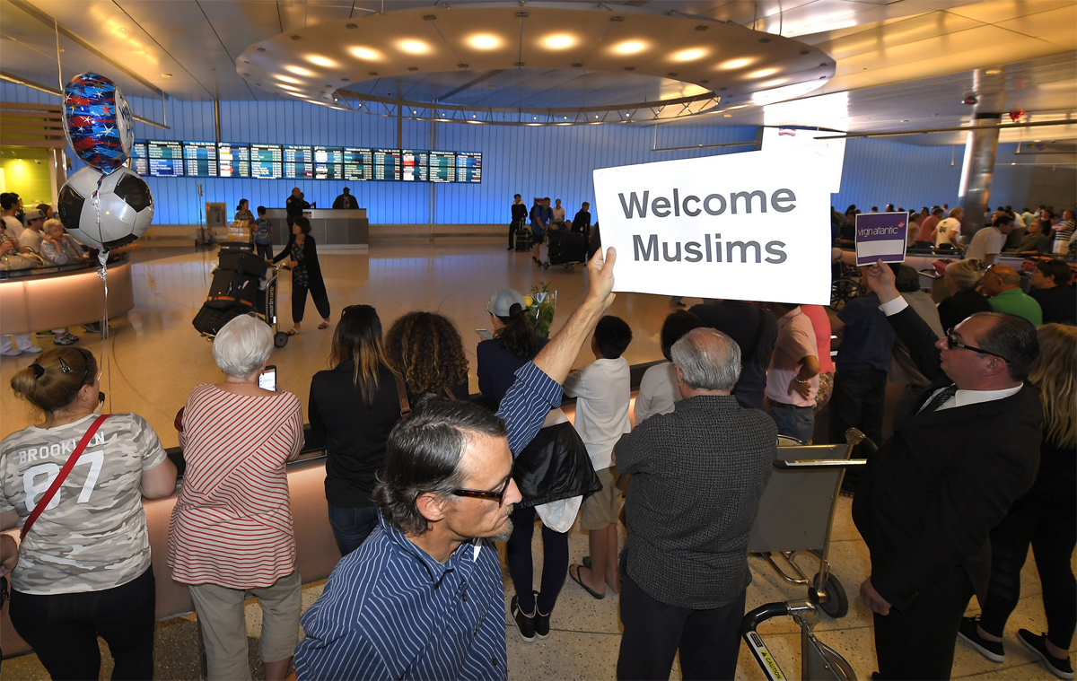 cadwell muslim Jesus and muslims: lessons from john 4 by stuart caldwell special to virtueonline november 20, 2008 i have spent most of the last 18 years of my life actively engaged in relationship with muslims in.