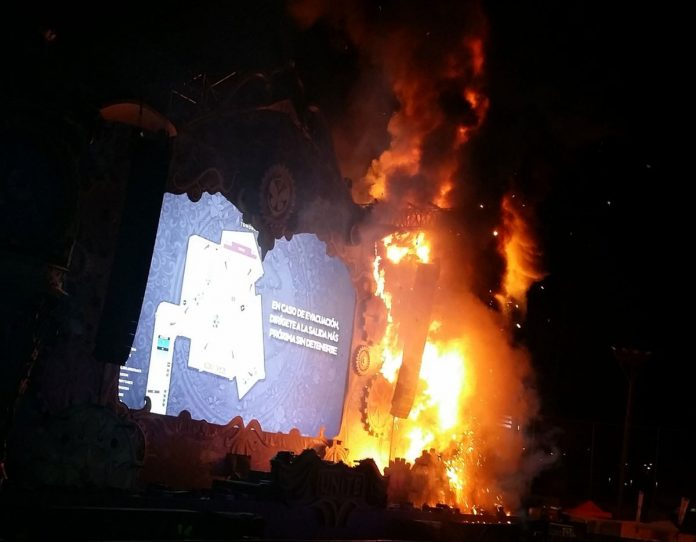 Huge Fire at Spain United Tomorrowland