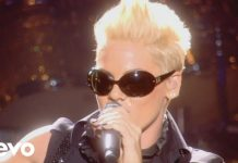 Pink to Receive Vanguard Award at MTV Video Music Awards, August 27