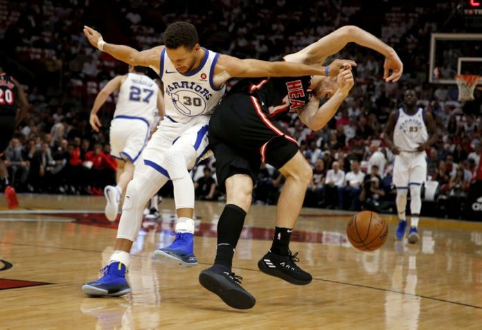 Curry scores 30, Golden State Warriors dominate Heat 123-95