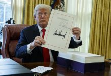 Trump Signed Tax Cut in Rush Job Oval Office Signing Event
