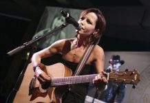 Dolores O'Riordan, Voice of The Cranberries, Dies at 46