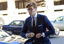 Alex van der Zwaan Pleads Guilty in Special Counsel Robert Mueller