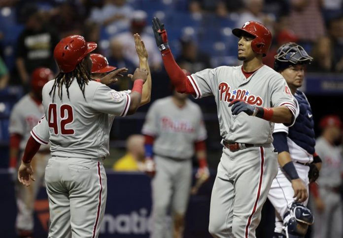 Altherr, Kingery, Phillies Win 6th in Row, Beat Rays 10-4