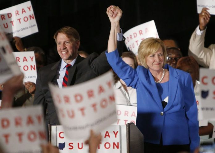 GOP Outsiders In and Out as Primary Season Kicks Off