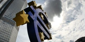 Eurozone unemployment falls to decade low of 8.2 percent