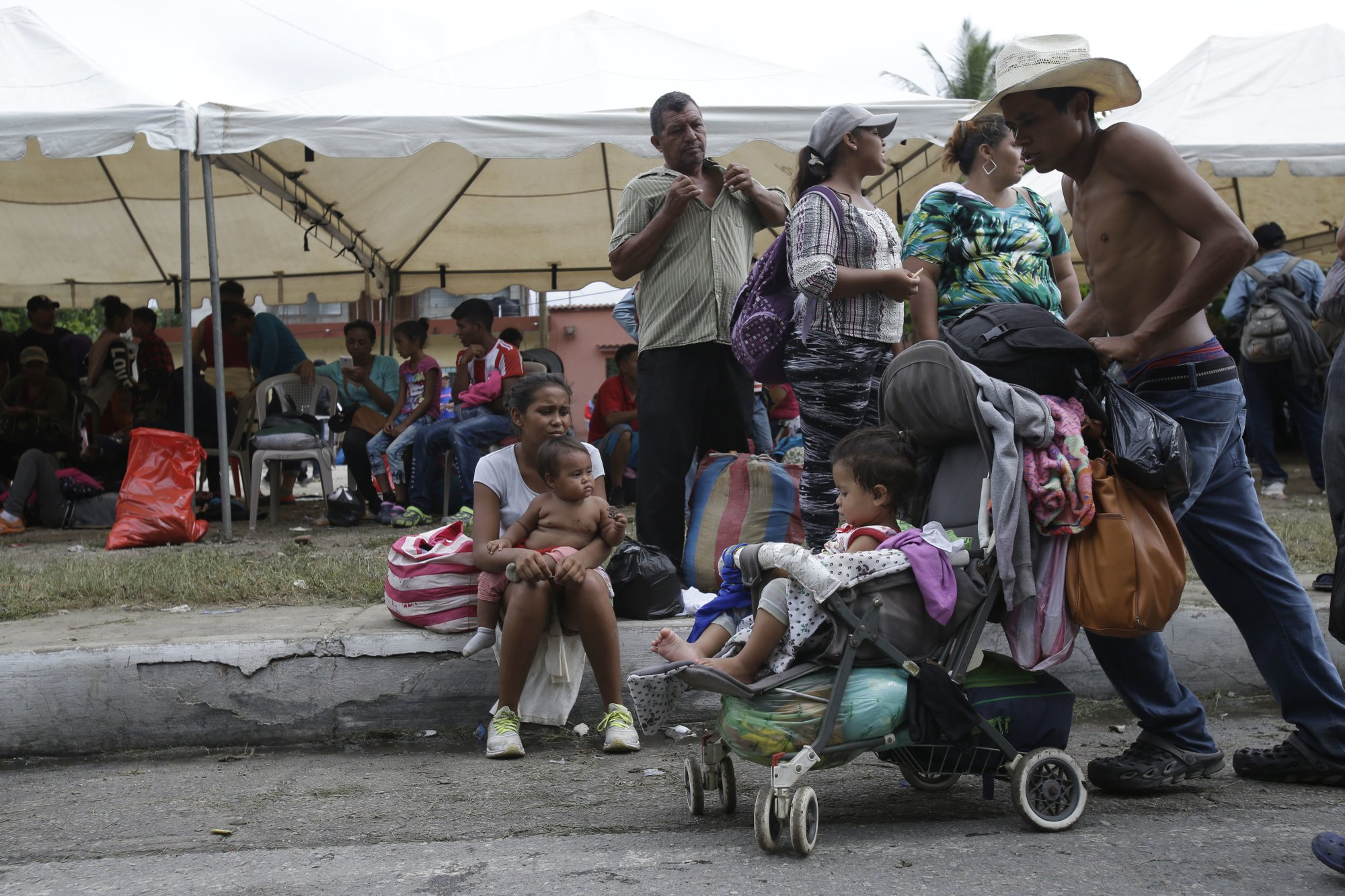 Pressure Turns to Mexico as Migrant Caravan Heads for Border 3