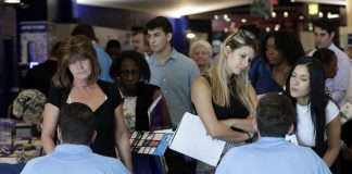 US Unemployment Rate Falls to 49-year Low of 3.7 Percent
