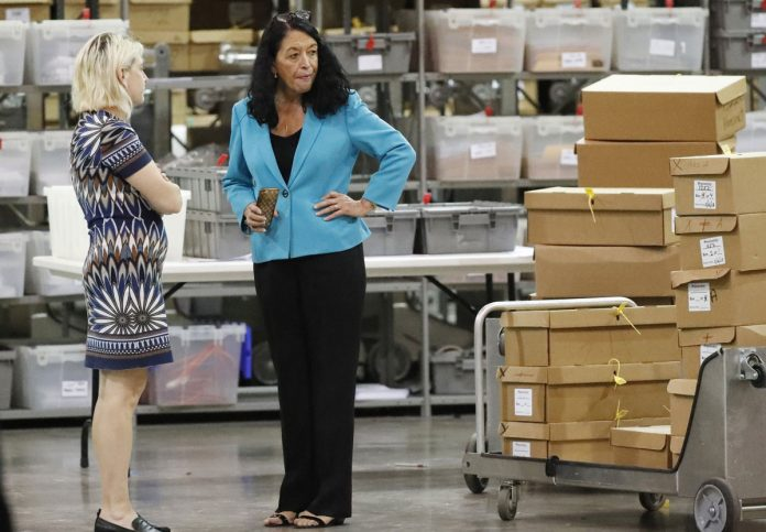 Bitter US Senate Race Headed to a Hand Recount