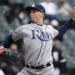 Mets' deGrom Gets Cy with Record-low Wins; Snell Takes AL