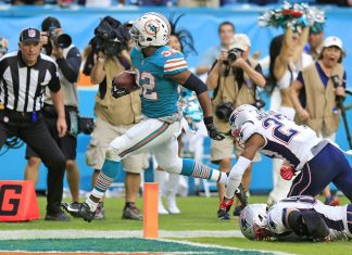 Miami Upset Pats 34-33 with Score on Wild Final Play
