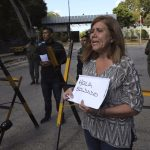 Rivals Maduro and Guaido Vie for Venezuelan Military Backing