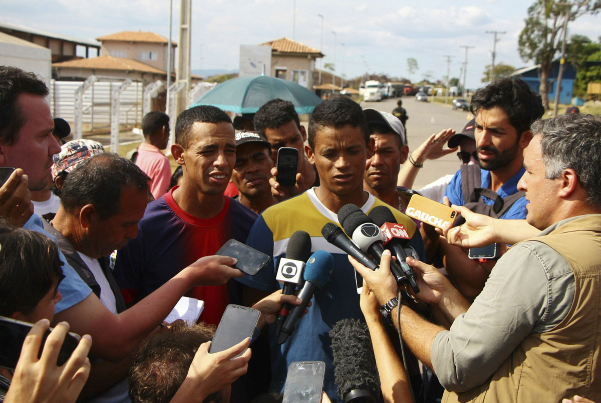 Attacked and powerless, Venezuela soldiers choose desertion