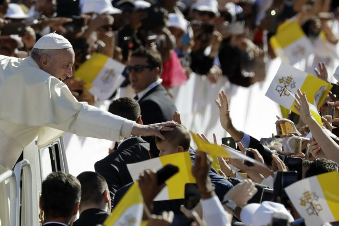Pope caps visit to Arabian Peninsula with historic Mass