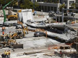 Street should have closed before Miami bridge collapse