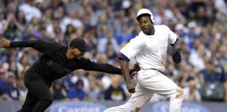 Fashion Reviews Dim for MLB Weekend Uniforms