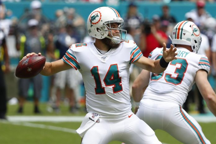 Fitzpatrick to Start for Dolphins at Buffalo on Sunday
