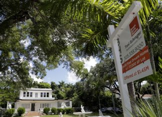 After tax law, Florida sees movers but not from New York