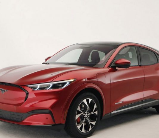 """Ford Unveiled its First All-electric SUV, the """"Mustang Mach E"""""""