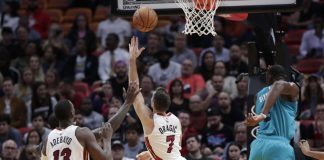 Heat Remain Unbeaten at Home, Roll Past Hornets 117-100