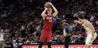 Robinson's Record Night Helps Heat Beat Cavs 124-100