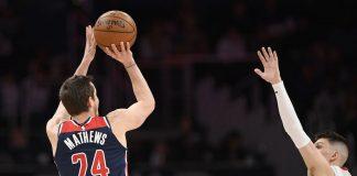 McRae, Mathews Lead Depleted Wizards Past Heat 123-105